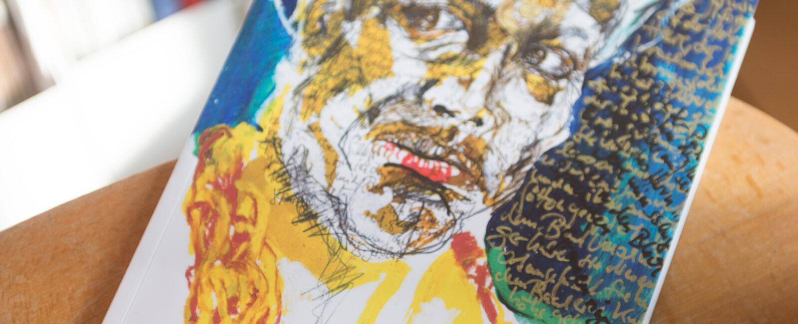 Ausstellungskatalog angeschaut Detailaufnahmen